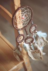 Attrape-rêves plumes DIY